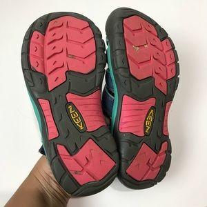 Keen Shoes - Keen waterproof sandals big girl size 3